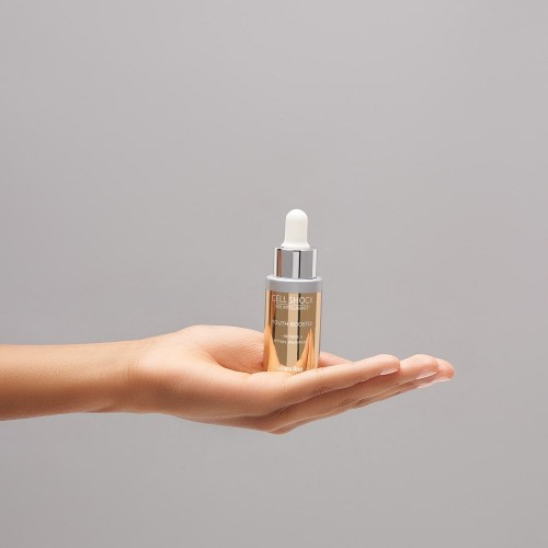 Youth Booster – Retinol + Retinyl Palmitate